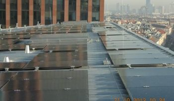 Installation of the structure for the photovoltaic modules